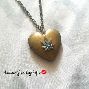 Weed Leaf Heart Locket Necklace